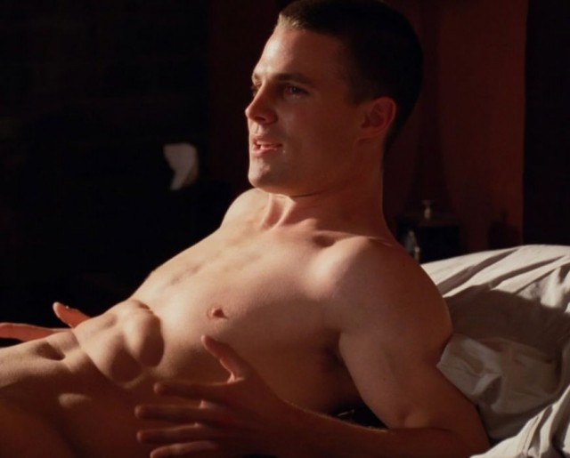 Stephen Amell Naked On The TV Series Hung